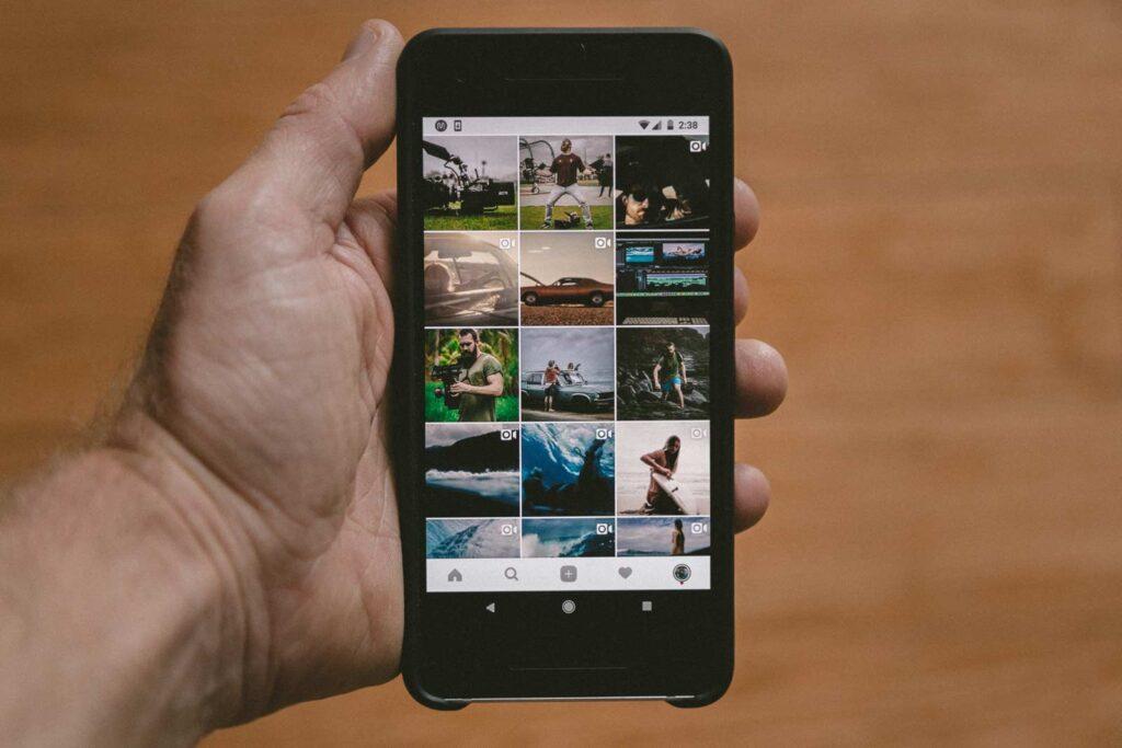 Instagram influencer marketing campaign.